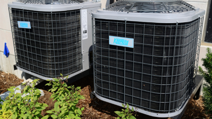 Four Tips to Keep Your AC/Heater Running Smoothly